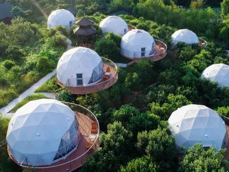 Living in a Transparent Dome Tent Hotel, Will You be Afraid of Insecurity?
