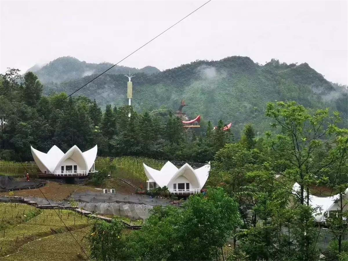High-end Tents Resort for Outdoor Camping Accommodation - Guizhou, China