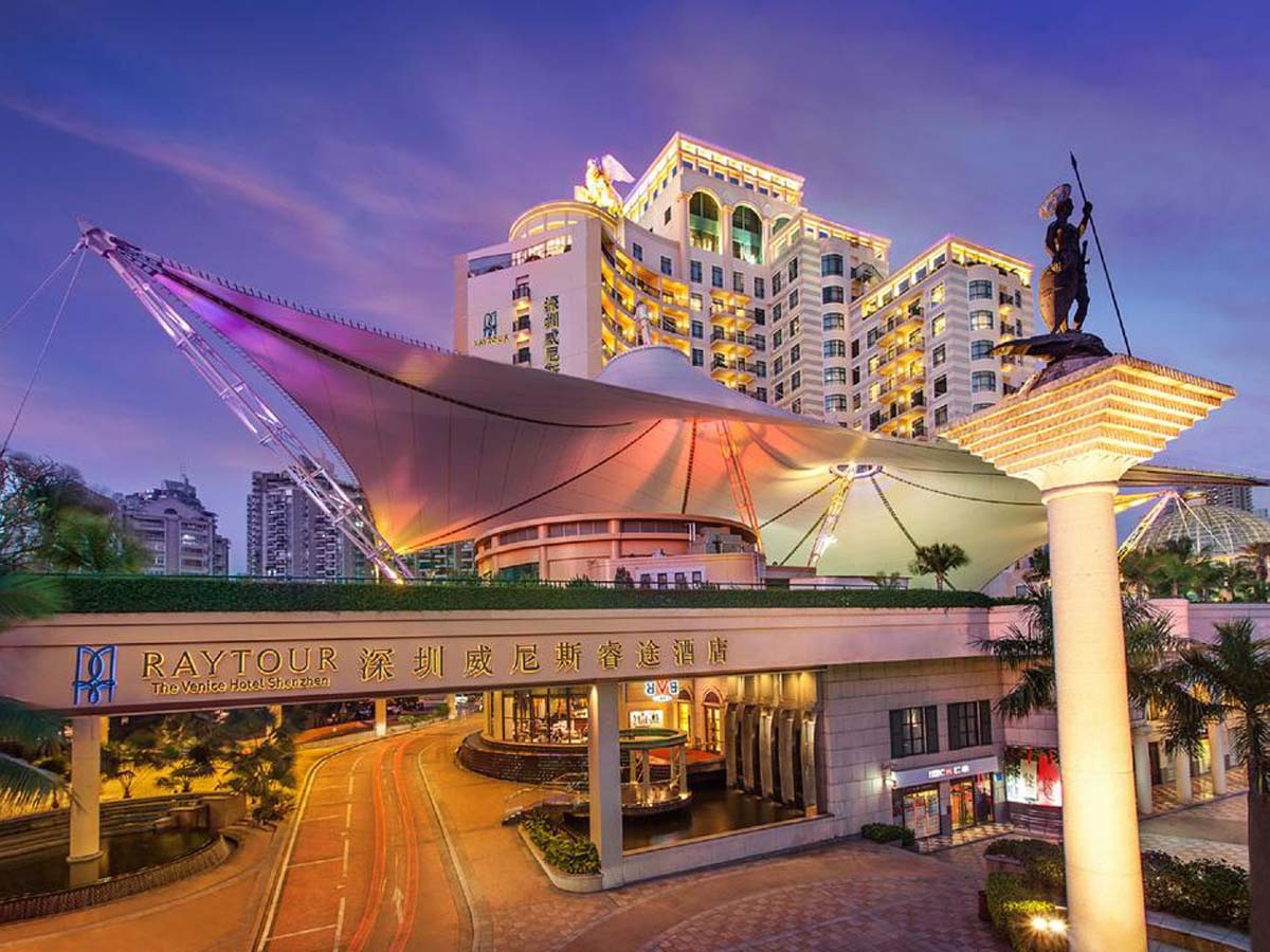 Venice International Hotel Tensile Fabric Roof Structure, Swimming Pool Shade Sails – Shenzhen