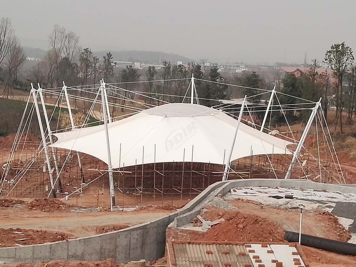 Estructura de Tela Extensible para Luxes Isla Saddle Club - Chendu, China